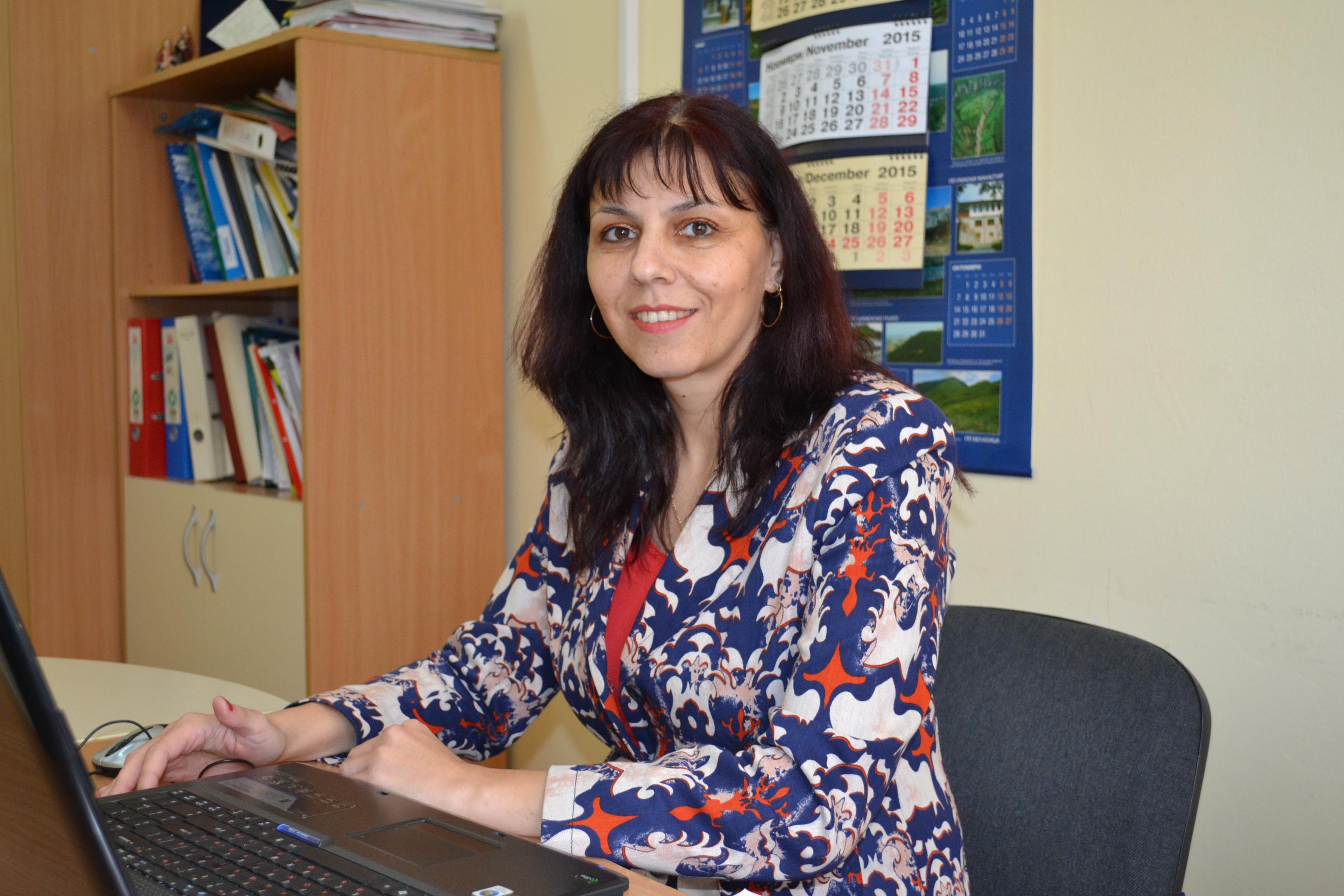 Малина Ешекова